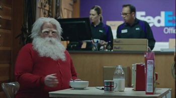 FedEx Ground TV Spot, 'North Pole' - Thumbnail 4