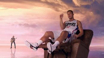 2016 Kia Optima TV Spot, 'Newspaper' Featuring Blake Griffin - Thumbnail 8