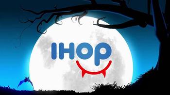 IHOP Free Scary Face Pancake TV Spot, 'Halloween' - Thumbnail 1