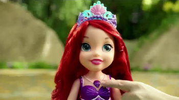 Disney Princess Colors of the Sea Ariel TV Spot, 'Necklace' - Thumbnail 5