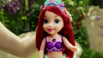 Disney Princess Colors of the Sea Ariel TV Spot, 'Necklace' - Thumbnail 7