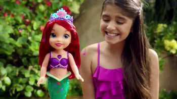Disney Princess Colors of the Sea Ariel TV Spot, 'Necklace' - Thumbnail 8