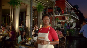 Popeyes Spicy Garlic Butterfly Shrimp TV Spot, 'Walk the Streets'