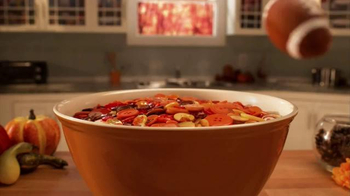 Gluten Free Cinnamon Chex TV Spot, 'Thanksgiving Magic' - Thumbnail 3