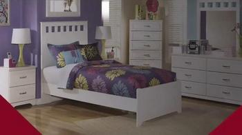 Ashley Furniture Homestore TV Spot, 'Extended Sale Week' - Thumbnail 2