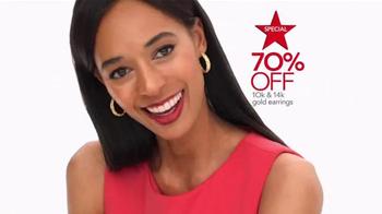Macy's Super Saturday Sale TV Spot, 'Plenti Points' - Thumbnail 3