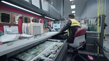 General Tire TV Spot, 'Skeet and Edwin's First Day: Live Well' - Thumbnail 9