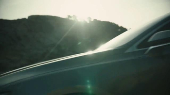 2017 Lincoln MKZ TV Spot, 'Shave' Featuring Matthew McConaughey - Thumbnail 6