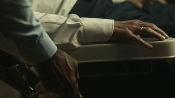 2017 Lincoln MKZ TV Spot, 'Shave' Featuring Matthew McConaughey - Thumbnail 7