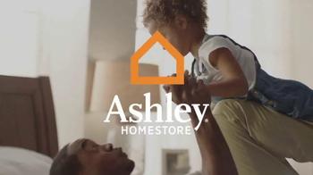 Ashley Furniture Homestore Memorial Day Mattress Sale TV Spot, 'Premium' - Thumbnail 1