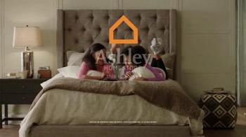 Ashley Furniture Homestore Memorial Day Mattress Sale TV Spot, 'Premium' - Thumbnail 7