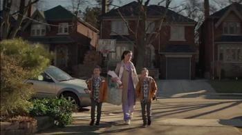 Sealy Premier Hybrid TV Spot, 'Rock-a-bye, Stacy' - Thumbnail 3