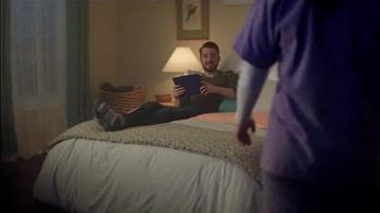 Sealy Premier Hybrid TV Spot, 'Rock-a-bye, Stacy' - Thumbnail 4