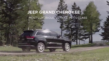Jeep Memorial Day Sales Event TV Spot, 'Hint: Laredo' Song by Morgan Dorr - Thumbnail 7