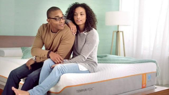 Tempur-Pedic TEMPUR-Breeze TV Spot, 'Sleep Cooler' - Thumbnail 1