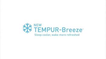 Tempur-Pedic TEMPUR-Breeze TV Spot, 'Sleep Cooler' - Thumbnail 5
