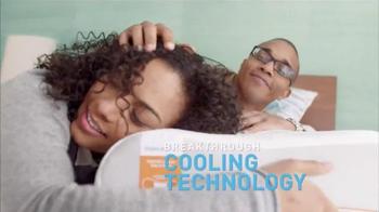 Mattress Firm TV Spot, 'Not Cold, Not Hot' - Thumbnail 4