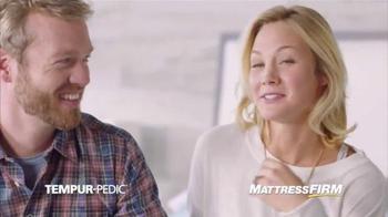 Mattress Firm TV Spot, 'Not Cold, Not Hot' - Thumbnail 5