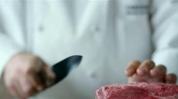 Applebee's Wood Fired Grill TV Spot, 'Prueba' canción de AC/DC [Spanish] - Thumbnail 3