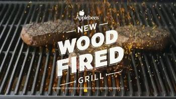 Applebee's Wood Fired Grill TV Spot, 'Prueba' canción de AC/DC [Spanish] - Thumbnail 8