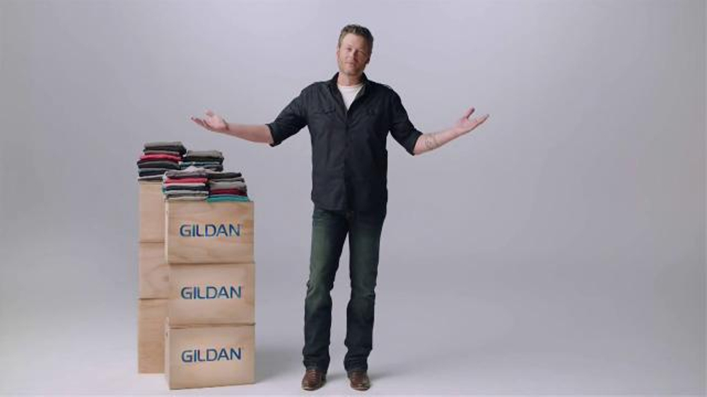 Gildan TV Commercial, 'Underwear Model' Featuring Blake Shelton