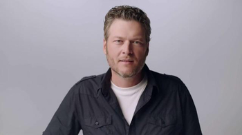 Gildan TV Spot, 'Underwear Model' Featuring Blake Shelton - Thumbnail 1