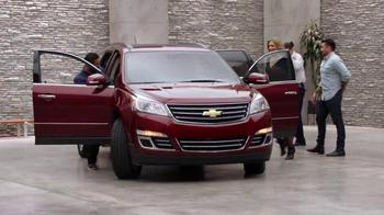 Chevrolet Memorial Day Sales Event TV Spot, 'Crossover Deals' - Thumbnail 1
