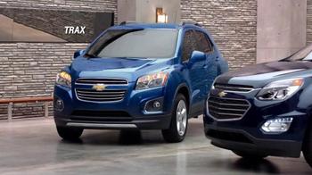Chevrolet Memorial Day Sales Event TV Spot, 'Crossover Deals' - Thumbnail 6