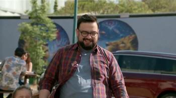 2017 Chrysler Pacifica TV Spot, 'El Tío' [Spanish] - Thumbnail 10