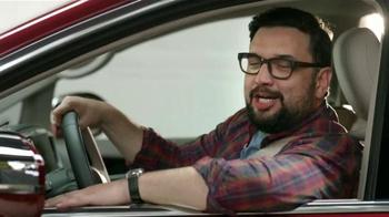 2017 Chrysler Pacifica TV Spot, 'El Tío' [Spanish] - Thumbnail 3