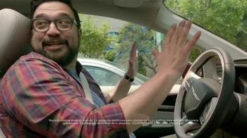 2017 Chrysler Pacifica TV Spot, 'El Tío' [Spanish] - Thumbnail 7