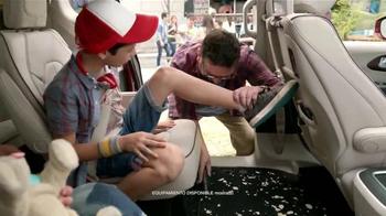 2017 Chrysler Pacifica TV Spot, 'El Tío' [Spanish] - Thumbnail 9