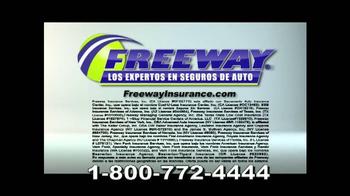 Freeway Insurance TV Spot, 'Autoestopista' [Spanish] - Thumbnail 10