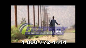 Freeway Insurance TV Spot, 'Autoestopista' [Spanish] - Thumbnail 5