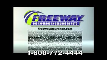Freeway Insurance TV Spot, 'Autoestopista' [Spanish] - Thumbnail 9