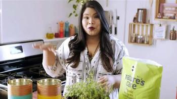 Miracle-Gro Nature's Care TV Spot, 'DIY Herb Garden' Ft. Jennifer Phanomrat - Thumbnail 8
