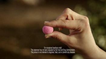 Alka-Seltzer Heartburn Relief Gummies TV Spot, 'Campfire' - Thumbnail 4