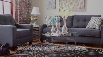 Ashley Furniture Homestore Memorial Day Sale TV Spot, 'Stylish Sofa' - Thumbnail 3