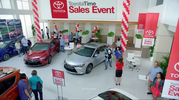 Toyota Time Sales Event TV Spot, '2016 Sienna' - Thumbnail 1