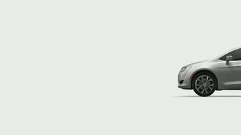 2017 Chrysler Pacifica TV Spot, 'The Secret Life of Pets: Spirited' - Thumbnail 1
