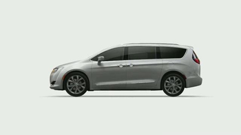 2017 Chrysler Pacifica TV Spot, 'The Secret Life of Pets: Spirited' - Thumbnail 2
