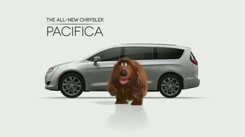 2017 Chrysler Pacifica TV Spot, 'The Secret Life of Pets: Spirited' - Thumbnail 5