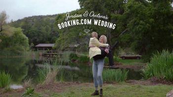 Booking.com TV Spot, 'Mountain Lady' Feat. Keegan-Michael Key, Rebel Wilson
