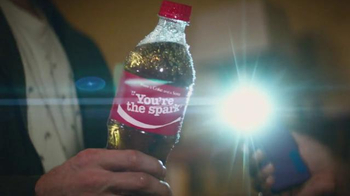 Coca-Cola TV Spot, 'House Party' Song by Selena Gomez - Thumbnail 5