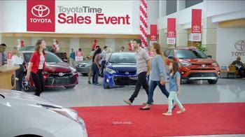 Toyota Time Sales Event TV Spot, 'Pit Stop: 2016 Prius' - Thumbnail 1