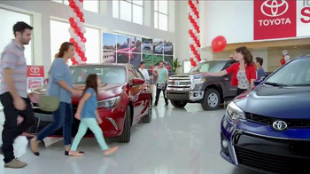 Toyota Time Sales Event TV Spot, 'Pit Stop: 2016 Prius' - 1061 commercial airings