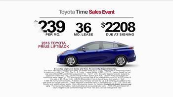 Toyota Time Sales Event TV Spot, 'Pit Stop: 2016 Prius' - Thumbnail 7