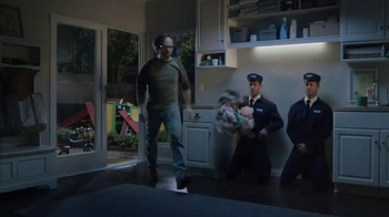 Maytag TV Spot, 'What's Inside: Washer & Dryer' Featuring Colin Ferguson - Thumbnail 5