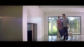 HGTV HOME by Sherwin-Williams Color Collection TV Spot, 'Easy Decisions' - Thumbnail 4