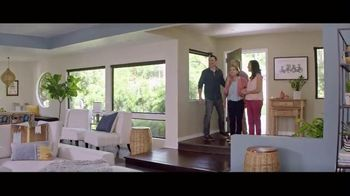 HGTV HOME by Sherwin-Williams Color Collection TV Spot, 'Easy Decisions' - Thumbnail 8